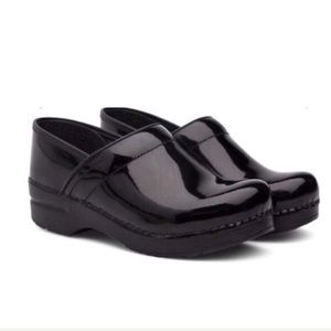 Dansko Patent Leather Clogs Size 6 New Without Box